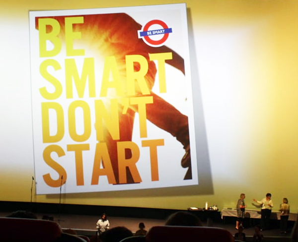 "Kreativpreis für die 8e beim Projekt ""Be Smart – Dont´t Start"""